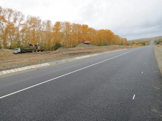 «Юго-Восточное ДСУ» достойно завершает дорожно-строительный сезон