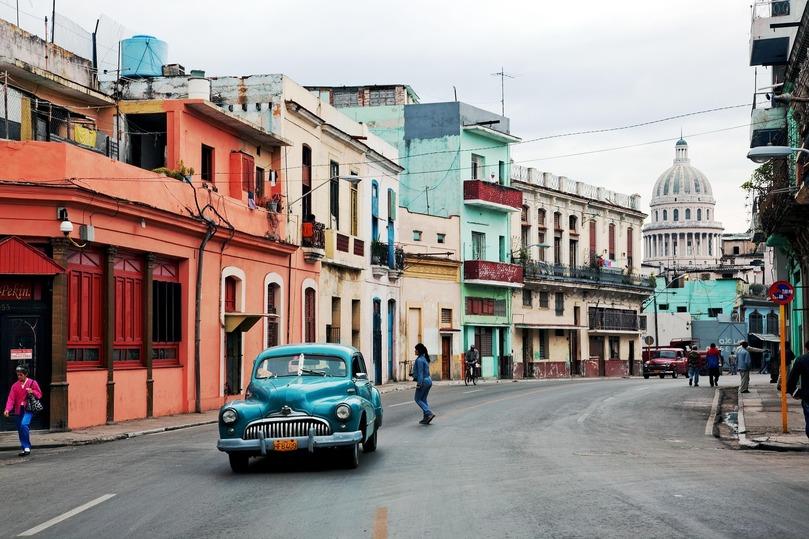 Два лика свободы: Куба медленно, но верно движется к капитализму - политика