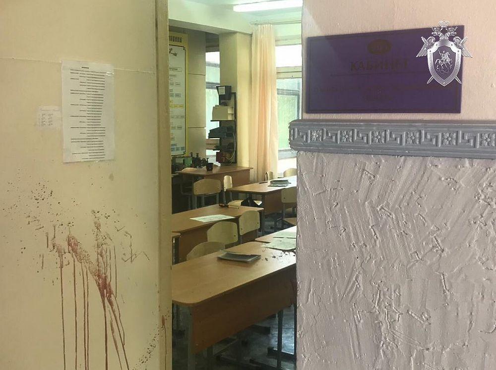 Появились новые фото из взорванного колледжа в Керчи