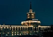 Часы на башне волгоградского вокзала переведут вперед вручную