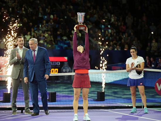 Теннис: Касаткина выиграла «Кубок Кремля» и поедет на итоговый турнир