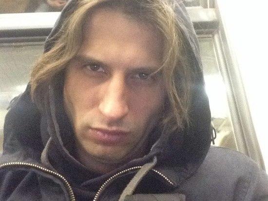 За убийство матери задержан математик, угрожавший перерезать прохожих в Москве