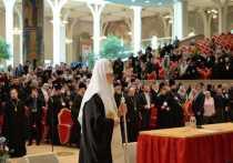Русская православная церковь не обязана подчиняться решениям Константинополя по Украине, как того от неё требует Вселенский патриарх Варфоломей