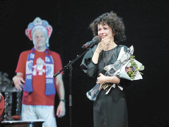 """""""Хрустальную Турандот"""" получали со слезами"""