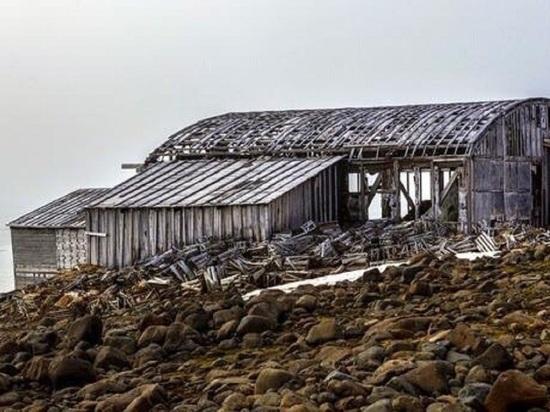 Полуразрушенный ангар на арктическом острове может стать самым северным музеем