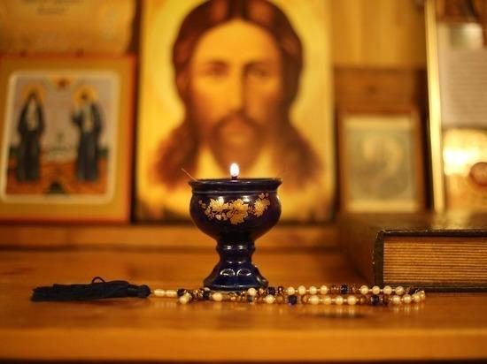 Украинские православные начали присягать на верность Москве