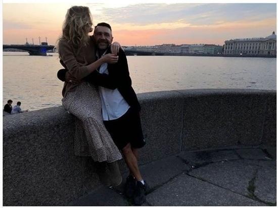 Сергей Шнуров проговорился: «Что-то я никак не холостяк»