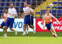 Сборная России по футболу поднялась в рейтинге ФИФА