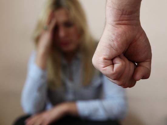 Домашнее насилие может вернуться в уголовный кодекс: число жертв растет