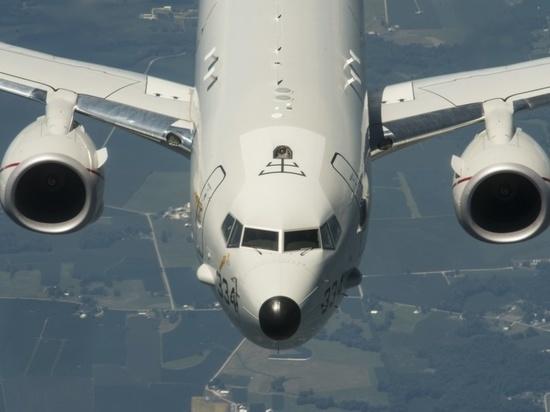 Эксперт о наведении самолетом США атаковавших Хмеймим дронов: сложно скрыть