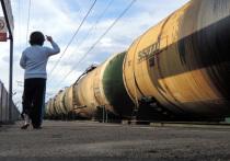 Как пишут американские СМИ, Пекин решил не усугублять свои и без того напряженные отношения с Вашингтоном: закупки нефти в Иране из-за санкций США осуществляться не будут