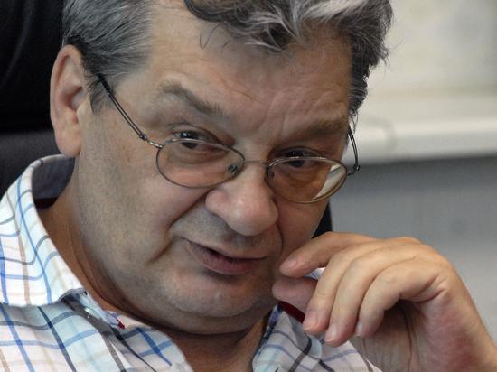 Рак сделал беспомощным ведущего прогноза погоды Александра Беляева