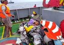 Погибли высокопоставленные чиновники: что стало причиной катастрофы индонезийского Boeing