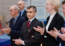 Рашид Нургалиев довольно долго и довольно жестко выступал перед депутатами Заксобрания, но зачем - осталось неясным