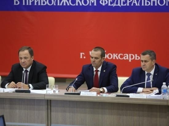 В Чебоксарах прошло заседание Совета при полномочном представителе Президента РФ в ПФО