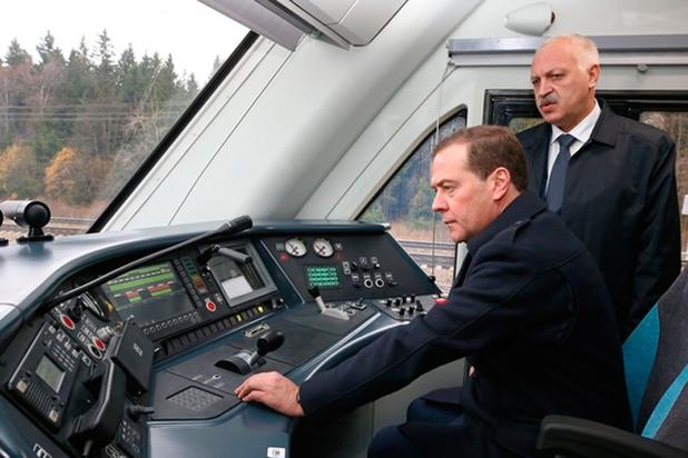 Медведев неисключил коррективы впрогноз социально-экономического развитияРФ до 2024