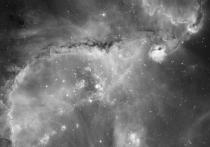 Галактика под названием Малое Магелланово облако, расположенное примерно в двухстах тысячах световых лет от Земли, медленно, но неотвратимо гибнет