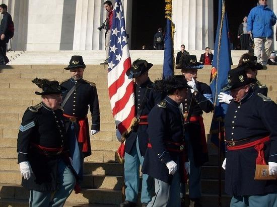 Историки напророчили США гражданскую войну