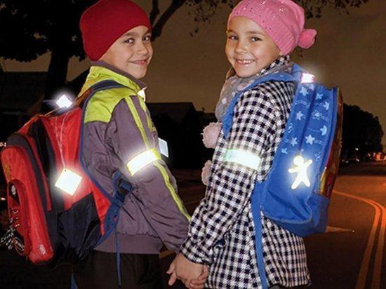 В Бурятии «фронтовики» научили школьников делать светоотражатели