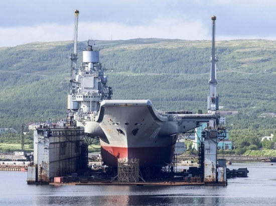 Под Мурманском затонул крупнейший в мире плавучий док