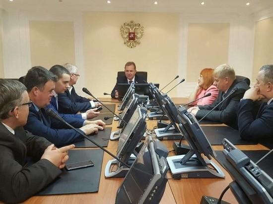 Представители Архангельского отделения «Опоры России» приехали к сенатору Павленко