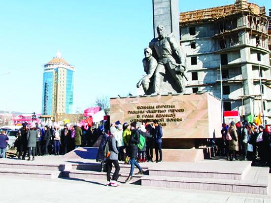 Улан-Удэ 50 лет спустя: «Какие вы, люди из коммунистического общества?»