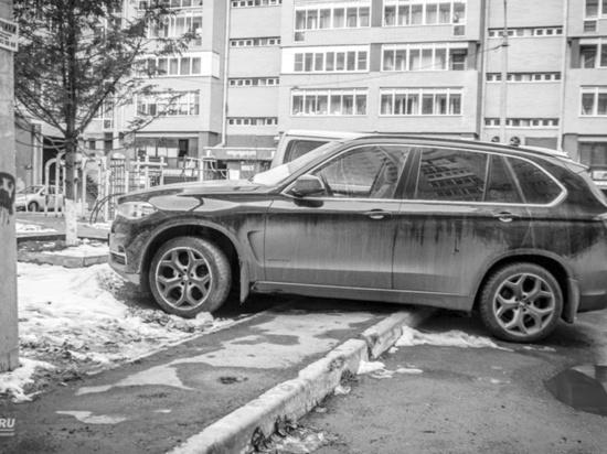 Дума Иркутска занялась больничными парковками