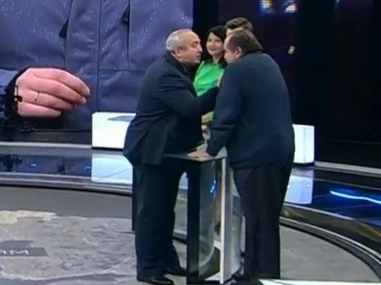 Сенатор Франц Клинцевич дёрнул забороду украинского политолога впрямом эфире