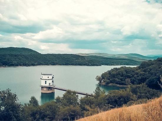 Вода Крыма: запасы есть - должно хватить всем