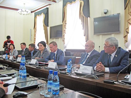Депутаты Народного Хурала Бурятии хотят сделать работу местной власти более эффективной