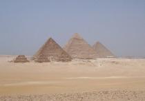 Исследователи, представляющие Ливерпульский университет, работающие в Египте, в сотрудничестве с местными учеными обнаружили следы примитивного «пандуса» неподалёку от города Луксор