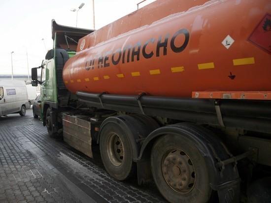 Нефтяники поддерживают действия правительства по стабилизации рынка нефтепродуктов