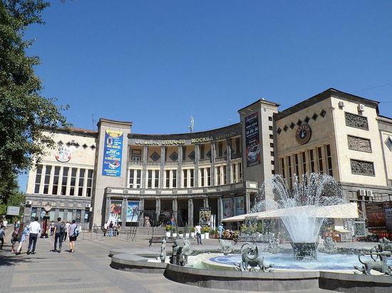 «МК»: Армения — последний остров, где любят русских