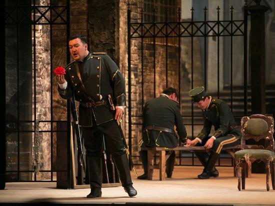 Уйти нельзя остаться: Михаил Пирогов объяснил, почему вернулся в оперный театр Бурятии