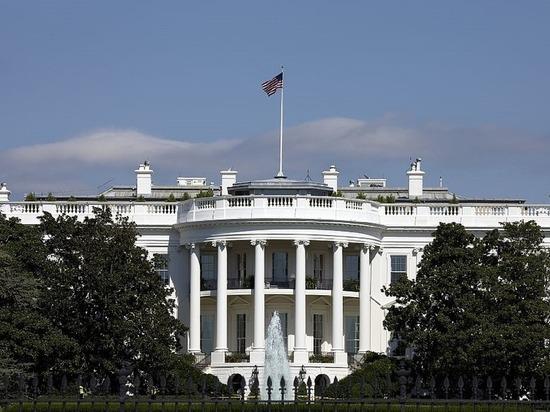 Власти США вывели 8 стран из-под санкций против Ирана