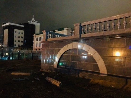 В Улан-Удэ вандалы напали на оперный театр Бурятии