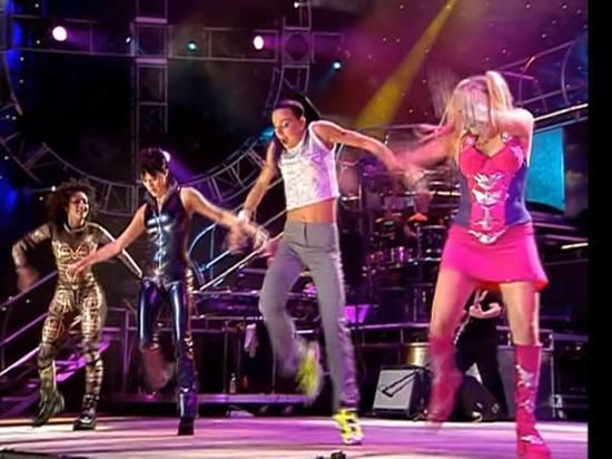 Воссоединение Spice Girls: Виктория Бэкхем не войдет в основной состав