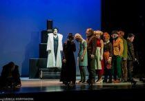 Спектакль «Сад» белорусского режиссера Александра Янушкевича стал едва ли не главным событием прошлого театрального сезона в Карелии