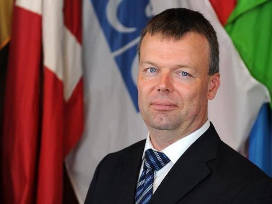 Экс-представитель ОБСЕ назвал условие для установления мира в Донбассе