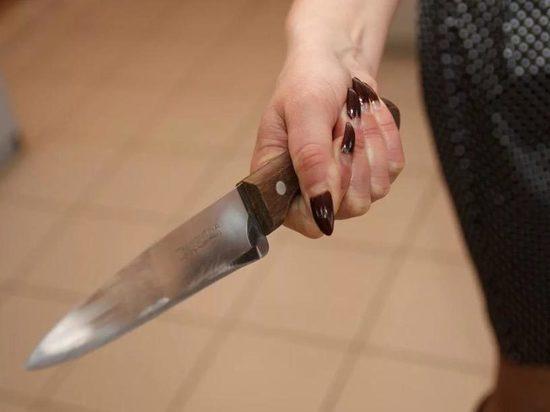 В Тамбове в хостеле москвичка чуть не зарезала своего гражданского мужа
