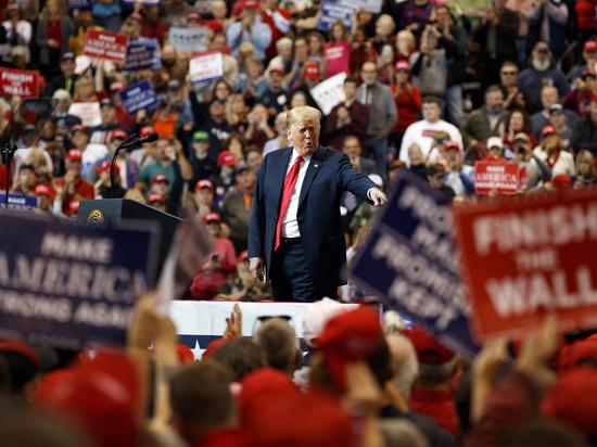 Cкандал на промежуточных выборах в США: отключали свет, сломали замок