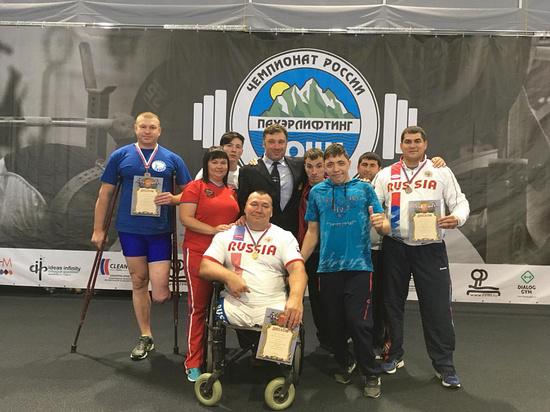 Тамбовчанин установил новый рекорд России на Кубке по пауэрлифтингу