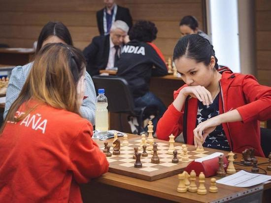 Ноябрь в этом году стал месяцем шахмат на мировом уровне