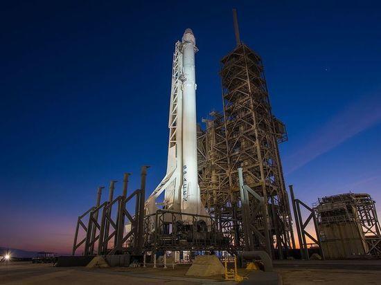 Казахстанские спутники отправит в космос американская ракета вместо российской