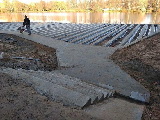 Берег озера Разлив хотят оставить без песка