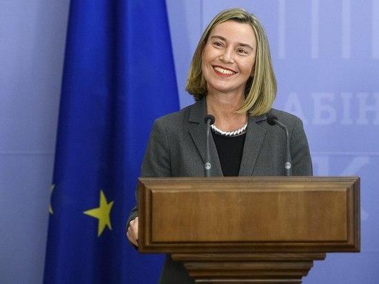 Глава дипломатии ЕС отшутилась на вопрос о санкциях против Украины