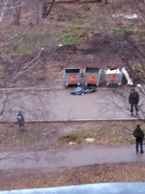 В Кирове на Дзержинского умер мужчина