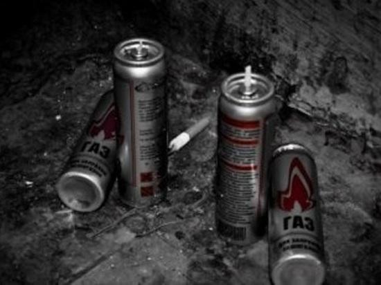 Перенюхавший подросток-токсикоман умер в понедельник в Коряжме