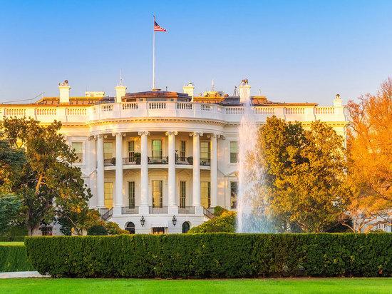 Ассоциация корреспондентов Белого дома осудила лишение аккредитации журналиста CNN