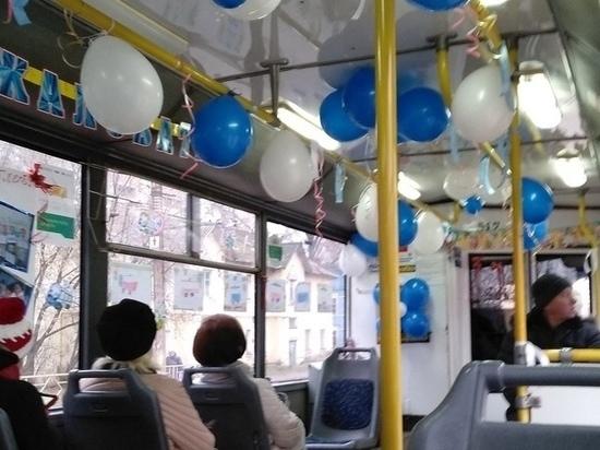 На маршруты в Кирове выехали троллейбусы с шариками